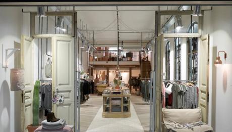 YAYA concept store Amstelveen 1